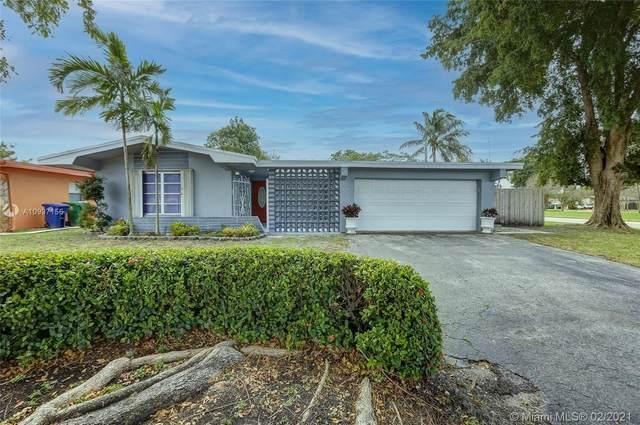 6398 SW 33rd St, Miramar, FL 33023 (MLS #A10997156) :: The Riley Smith Group