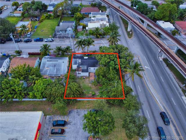 1206 NW 37th St, Miami, FL 33142 (MLS #A10997191) :: The Teri Arbogast Team at Keller Williams Partners SW