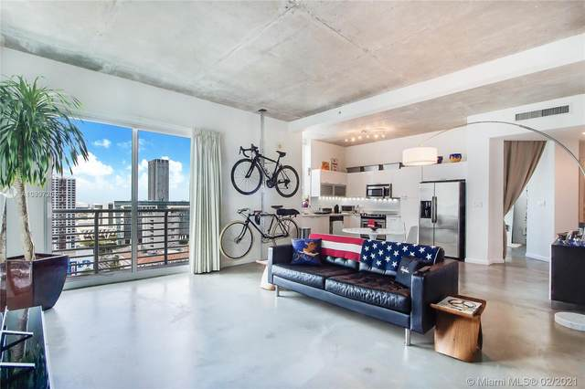 234 NE 3rd St #2207, Miami, FL 33132 (MLS #A10997205) :: Podium Realty Group Inc