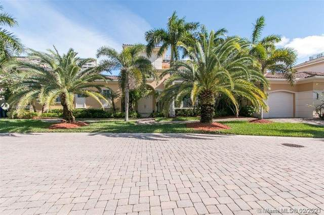 1445 Windjammer Way, Hollywood, FL 33019 (MLS #A10997352) :: The Paiz Group