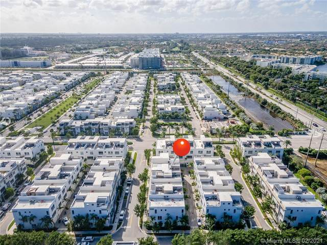 6640 NW 105th Ct #6640, Doral, FL 33178 (MLS #A10997397) :: Equity Advisor Team