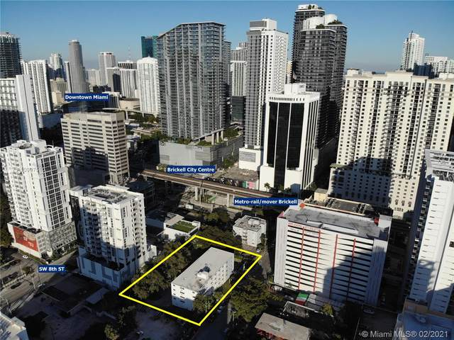 143 SW 9th St, Miami, FL 33130 (MLS #A10997510) :: The Rose Harris Group