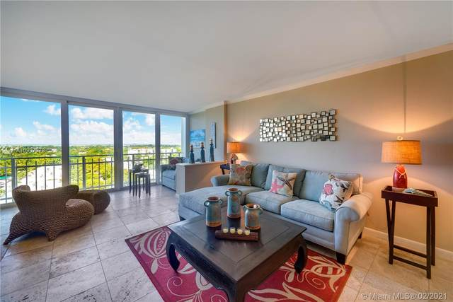 600 Grapetree Dr 10GS, Key Biscayne, FL 33149 (MLS #A10997878) :: The Teri Arbogast Team at Keller Williams Partners SW