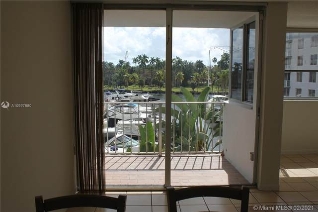 Miami, FL 33125 :: The Howland Group