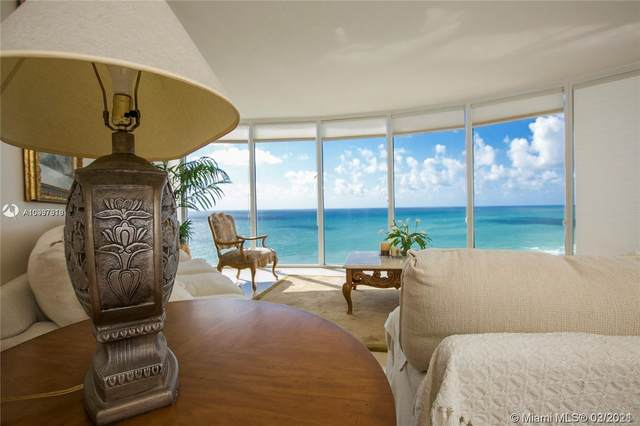 17555 Collins Ave #2606, Sunny Isles Beach, FL 33160 (MLS #A10997918) :: The Riley Smith Group