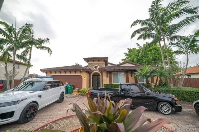 Miami, FL 33177 :: The Riley Smith Group