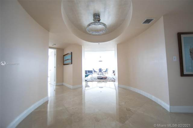 19333 Collins Ave #1810, Sunny Isles Beach, FL 33160 (MLS #A10998131) :: Podium Realty Group Inc