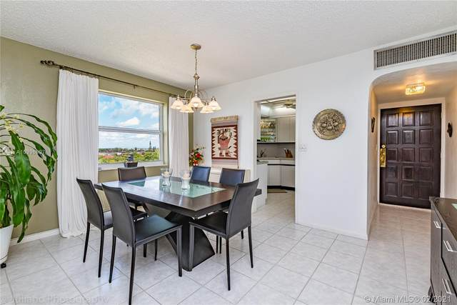 3301 Spanish Moss Ter #901, Lauderhill, FL 33319 (MLS #A10998997) :: The Riley Smith Group