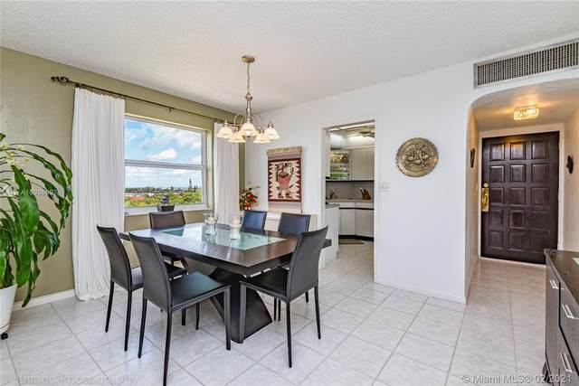 3301 Spanish Moss Ter #901, Lauderhill, FL 33319 (MLS #A10998997) :: Berkshire Hathaway HomeServices EWM Realty