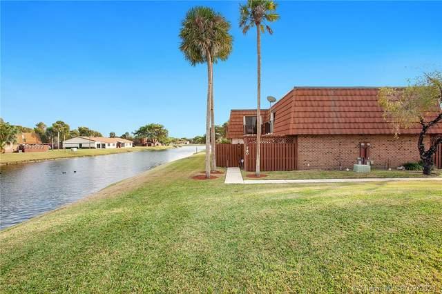 780 SW 120th Way #780, Davie, FL 33325 (MLS #A10999022) :: Berkshire Hathaway HomeServices EWM Realty