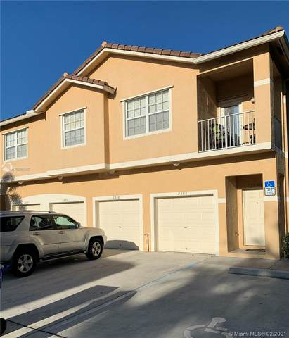 2886 Crestwood Ter, Margate, FL 33063 (MLS #A10999060) :: Berkshire Hathaway HomeServices EWM Realty
