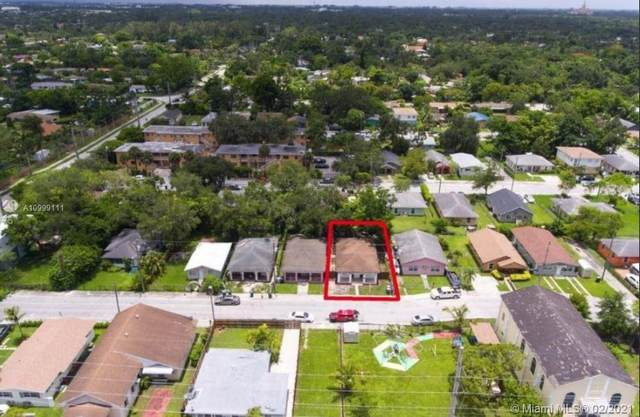 6101 SW 63rd Ter, South Miami, FL 33143 (MLS #A10999111) :: Prestige Realty Group