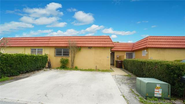4151 W 18th Ct, Hialeah, FL 33012 (MLS #A10999426) :: The Riley Smith Group
