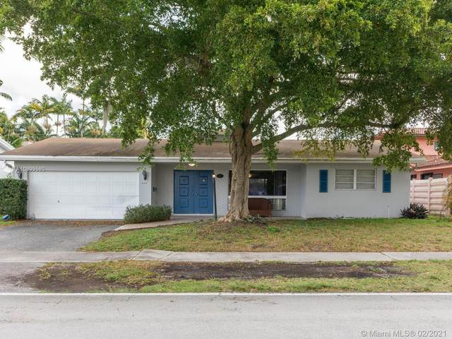 609 N 46th Ave, Hollywood, FL 33021 (MLS #A10999580) :: The Riley Smith Group