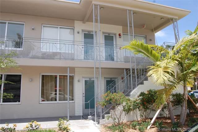 801 15th St #202, Miami Beach, FL 33139 (MLS #A10999662) :: Team Citron