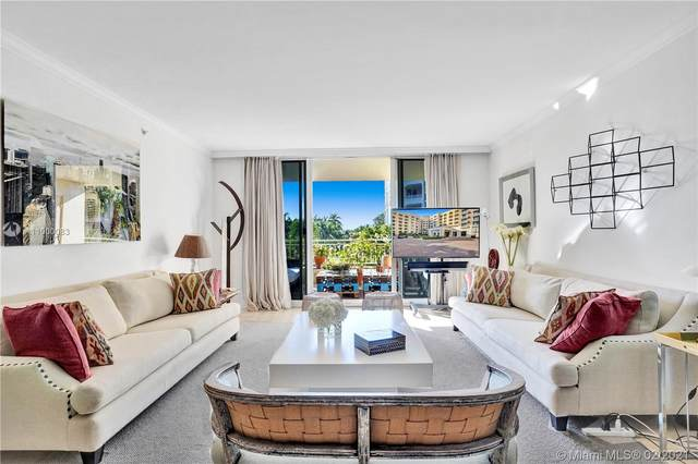 765 Crandon Blvd #210, Key Biscayne, FL 33149 (MLS #A11000083) :: The Teri Arbogast Team at Keller Williams Partners SW
