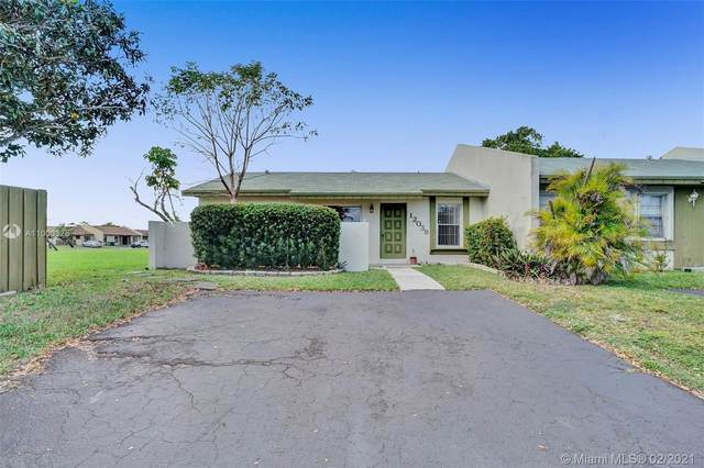 12039 SW 110th St Cir S, Miami, FL 33186 (MLS #A11000325) :: Green Realty Properties