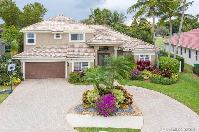 8081 Bermuda Point Ln, Davie, FL 33328 (MLS #A11000428) :: Berkshire Hathaway HomeServices EWM Realty