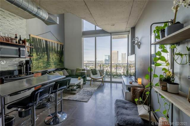 690 SW 1st Ct #2507, Miami, FL 33130 (MLS #A11000431) :: Green Realty Properties