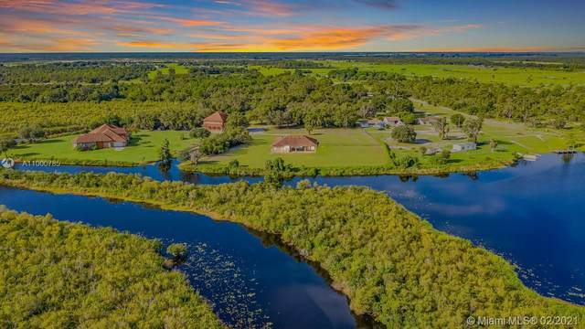 37401 Washington Loop, Punta Gorda, FL 33982 (MLS #A11000785) :: Berkshire Hathaway HomeServices EWM Realty