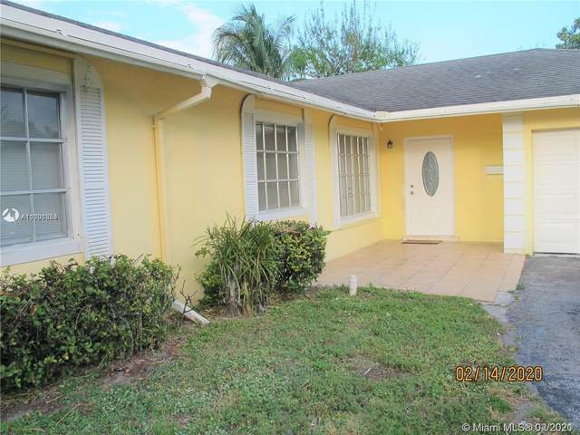 5987 NW 16th St, Sunrise, FL 33313 (MLS #A11001364) :: Castelli Real Estate Services
