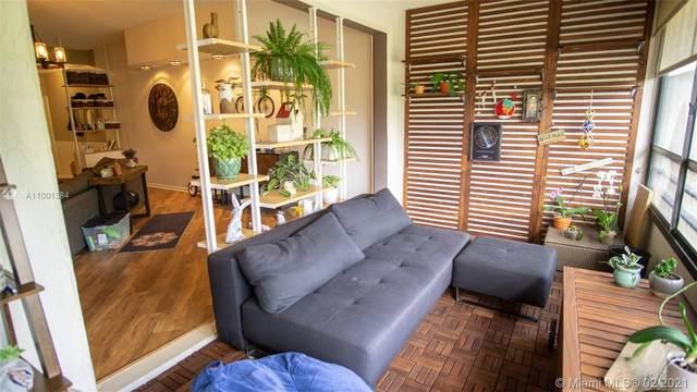 7460 La Paz Blvd #305, Boca Raton, FL 33433 (MLS #A11001384) :: ONE   Sotheby's International Realty