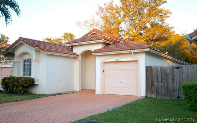 14325 SW 150th Ave, Miami, FL 33196 (MLS #A11001586) :: The Rose Harris Group