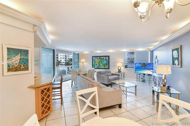 5750 Collins Ave 5A, Miami Beach, FL 33140 (MLS #A11001685) :: The Teri Arbogast Team at Keller Williams Partners SW