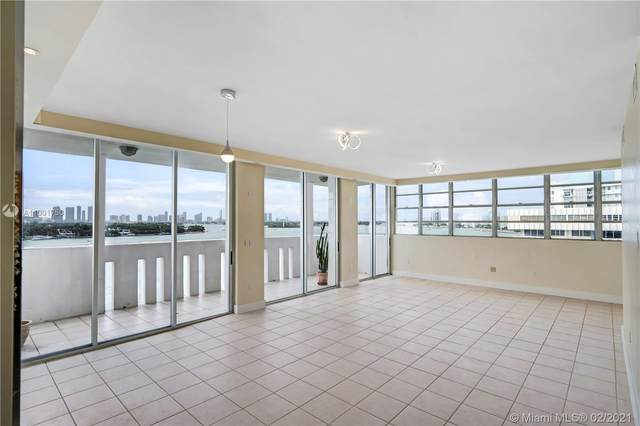 800 West Ave Ph11, Miami Beach, FL 33139 (MLS #A11001750) :: Jo-Ann Forster Team