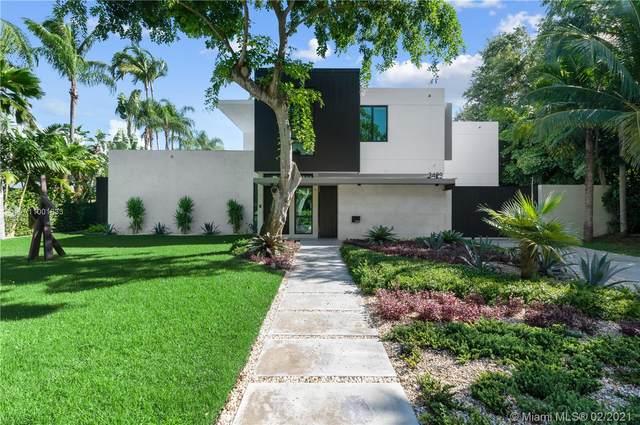 3429 N Moorings Way, Coconut Grove, FL 33133 (MLS #A11001833) :: Berkshire Hathaway HomeServices EWM Realty