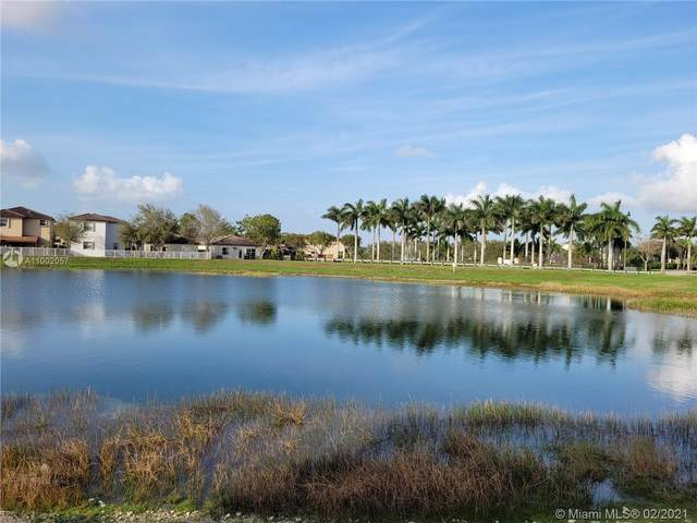 2497 NE 2nd Dr, Homestead, FL 33033 (MLS #A11002057) :: The Riley Smith Group