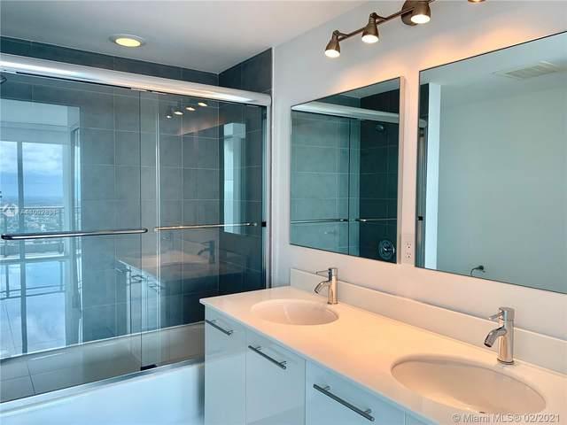 92 SW 3rd St #4207, Miami, FL 33130 (MLS #A11002831) :: Castelli Real Estate Services