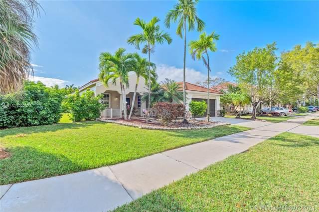 1331 Croton Ct, Weston, FL 33327 (MLS #A11002878) :: United Realty Group
