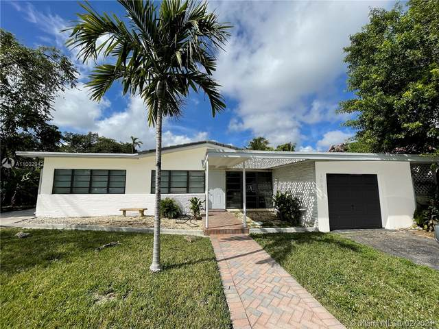 10618 NE 10th Ct, Miami Shores, FL 33138 (MLS #A11002942) :: Douglas Elliman