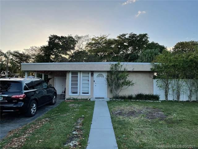 7809 NW 75th Ave, Tamarac, FL 33321 (MLS #A11003052) :: Green Realty Properties