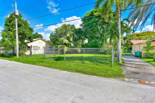 3801 Oak Ave, Coconut Grove, FL 33133 (MLS #A11003069) :: Berkshire Hathaway HomeServices EWM Realty