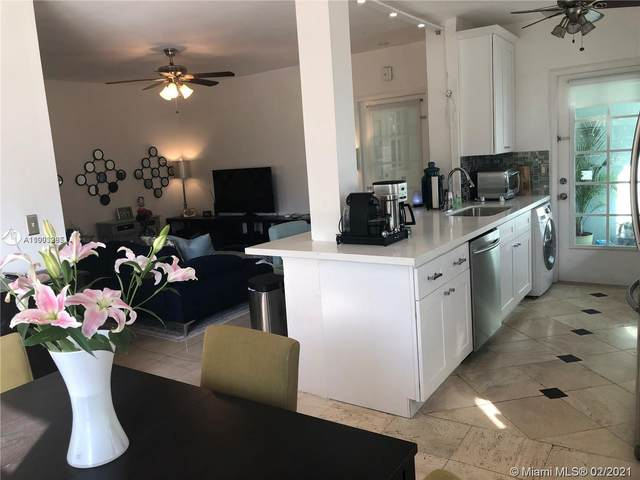 1751 Washington Ave 2G, Miami Beach, FL 33139 (MLS #A11003265) :: GK Realty Group LLC