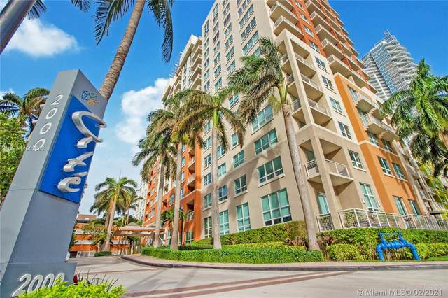 2000 N Bayshore Dr #118, Miami, FL 33137 (MLS #A11003363) :: The Teri Arbogast Team at Keller Williams Partners SW