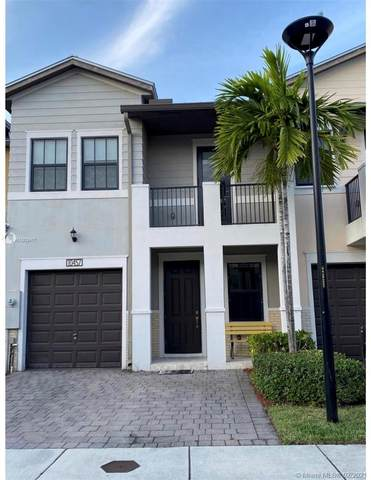 10457 NW 61st Ln #10457, Doral, FL 33178 (MLS #A11003417) :: Green Realty Properties