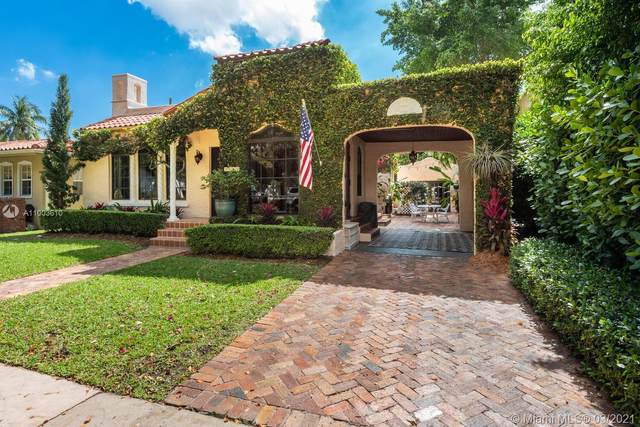 1260 N Mariana Ave, Coral Gables, FL 33134 (MLS #A11003610) :: Green Realty Properties