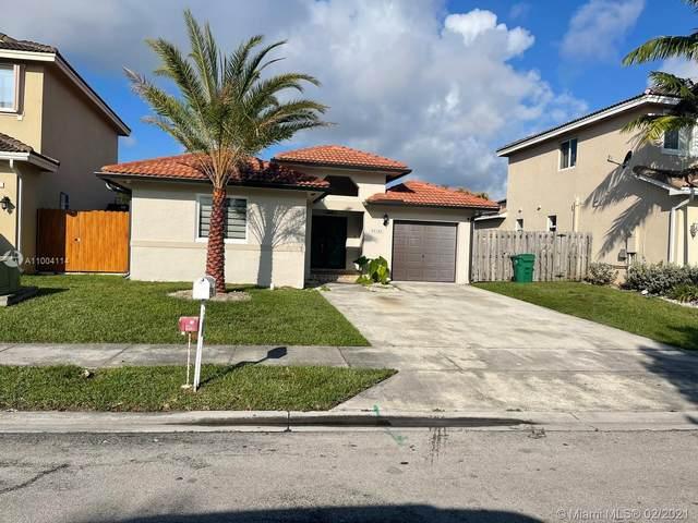 21542 SW 89th Path, Cutler Bay, FL 33189 (MLS #A11004114) :: Douglas Elliman