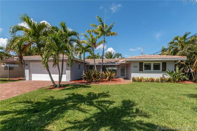 1651 NE 54th St, Fort Lauderdale, FL 33334 (MLS #A11004241) :: The Jack Coden Group