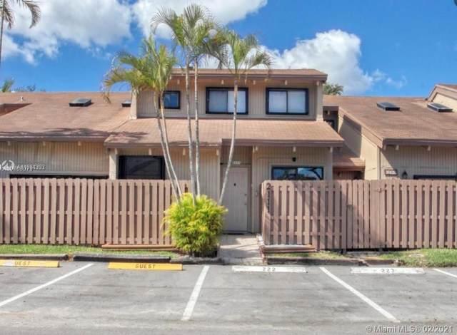 2105 SW 82nd Ave #2105, Davie, FL 33324 (MLS #A11004393) :: Search Broward Real Estate Team