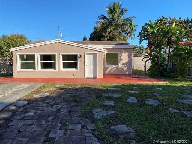 1755 NE 176th St, North Miami Beach, FL 33162 (MLS #A11004554) :: United Realty Group