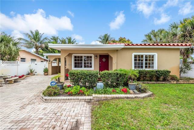 810 NW 6th Ave, Dania Beach, FL 33004 (MLS #A11004606) :: The Riley Smith Group