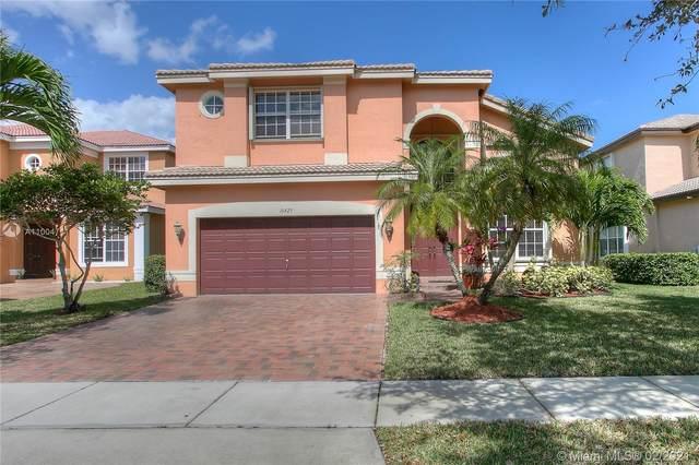 16429 SW 30th St, Miramar, FL 33027 (MLS #A11004711) :: The Riley Smith Group