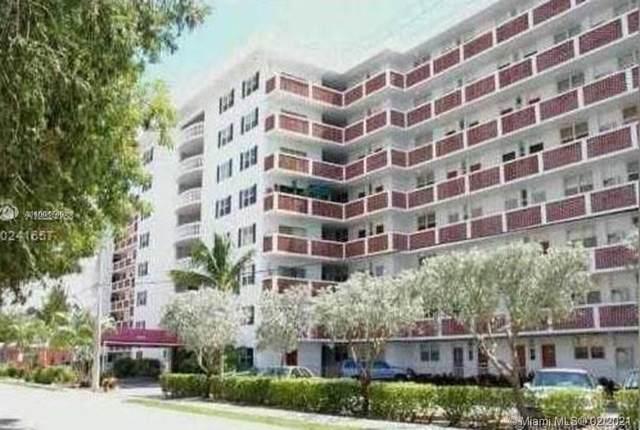 3660 NE 166th St #304, North Miami Beach, FL 33160 (MLS #A11004740) :: United Realty Group