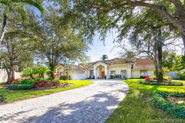9702 SW 111th Ter, Miami, FL 33176 (MLS #A11004868) :: Berkshire Hathaway HomeServices EWM Realty