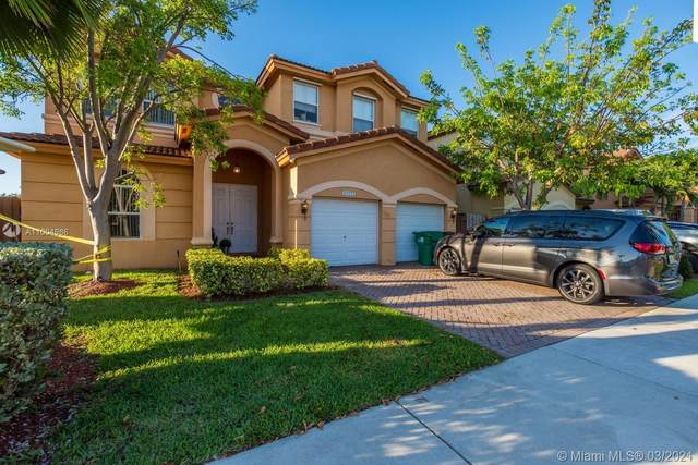11173 NW 78 Th Street, Doral, FL 33178 (MLS #A11004986) :: The Jack Coden Group