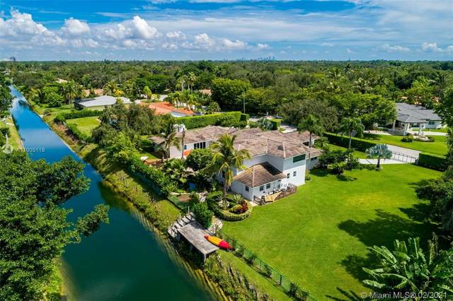 13150 SW 69th Ave, Pinecrest, FL 33156 (MLS #A11005118) :: The Riley Smith Group